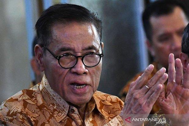 Mantan Menteri Kehakiman era Presiden Soeharto, Muladi, utup usia di pengujung tahun 2020, pada usia 77 tahun.
