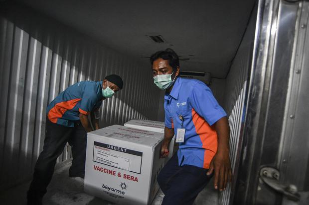 VAKSIN COVID-19 DI JAKARTA