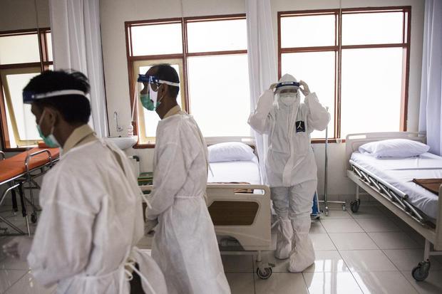 rumah sakit, covid-19 virus corona, pandemi corona, pandemi, jakarta, gerakan 3M