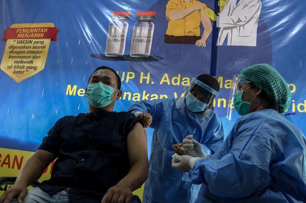 vaksin covid-19, vaksinasi, pandemi corona, virus corona