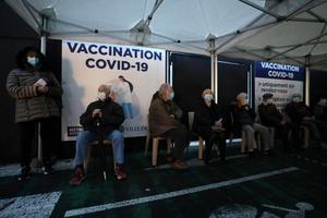 HEALTH-CORONAVIRUS/FRANCE-VACCINATION