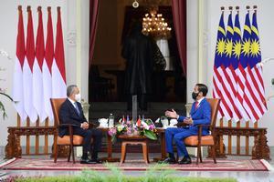 PRESIDEN JOKO WIDODO MENERIMA KUNJUNGAN PM MALAYSIA