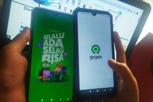 Aplikasi Tokopedia dan Gojek