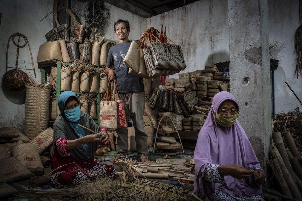 Anyaman Loyok, Dari Lombok Menuju Pasar Global