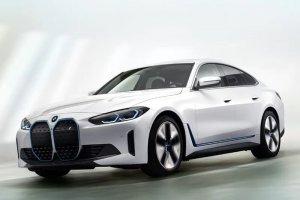 Mobil listrik berbasis baterai mewah, BMW i4