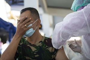 VAKSINASI COVID-19 TNI AL TAHAP TERAKHIR DI JAKARTA