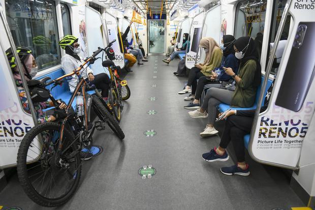 MRT, Jakarta, penumpang