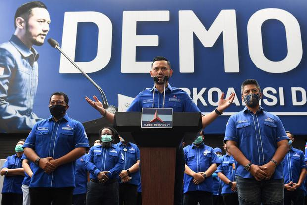 Demokrat, MA, Moeldoko