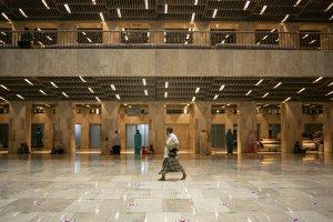 Shalat Tarawih Pertama di Istiqlal