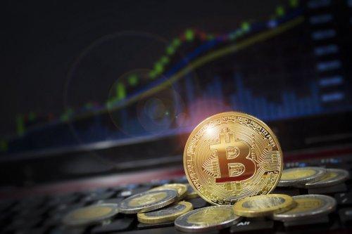 Ilustrasi bitcoin, crytocurrency, mata uang kripto