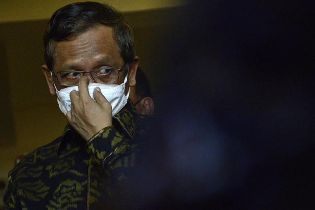BLBI, Jokowi, Mahfud