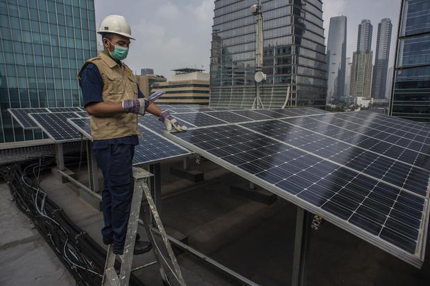 panel surya, energi bersih, energi baru terbarukan