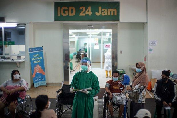 Kasus Covid-19 Kian Melonjak, IGD RSUD Cengkareng Sibuk