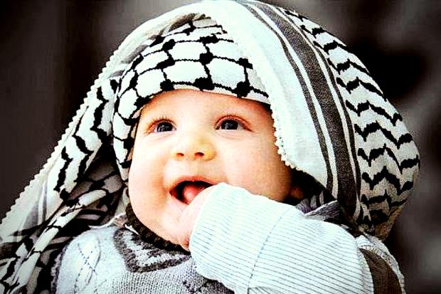 Nama Bayi Laki-Laki Islami dan Modern Beserta Artinya