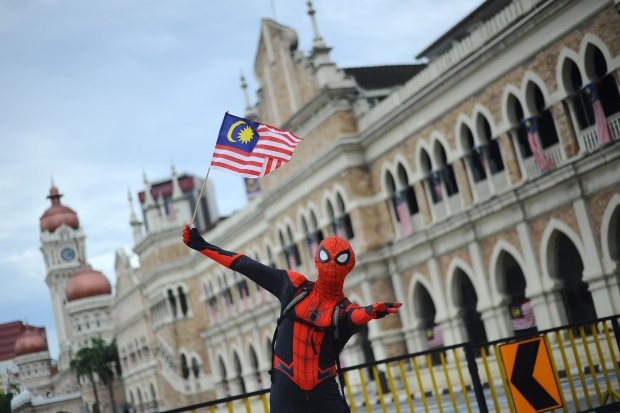 Malaysia, perbataan, Covid-19, pandemi, vaksinasi