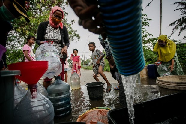 Keluh Warga Cikarang, Bergantung dengan Air Kali yang Tercemar Limbah Indutsri