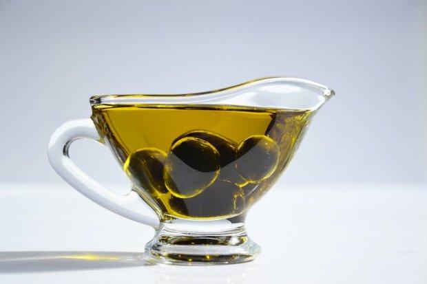 Ilustrasi manfaat minyak zaitun untuk pria