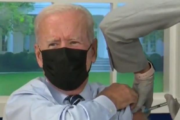 vaksin, pfizer, Joe Biden