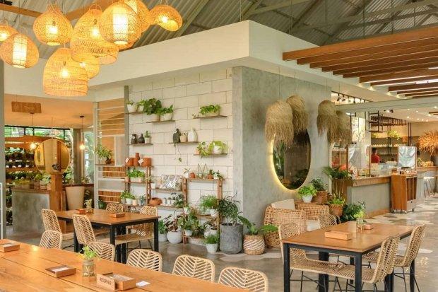 Interior cafe Pengilon, salah satu cafe di Jogja