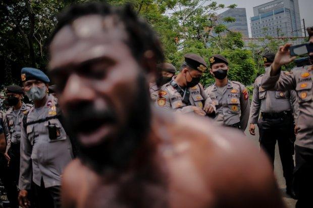 Unjuk Rasa, 17 Mahasiswa Papua Diamakan