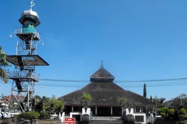 8 Kerajaan Islam Pertama di Indonesia dan Penjelasan Sejarahnya