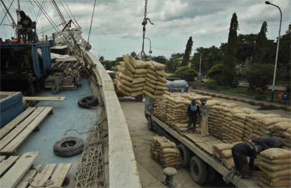 semen, emiten semen, semen indonesia, semen baturaja, indocement, solusi bangun indonesia, holcim, infrastruktur, saham, proyek infrastruktur, industri semen, perumahan, properti