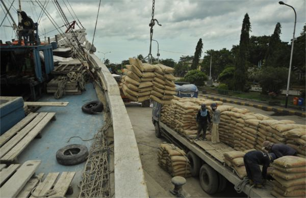 semen indonesia, suplai semen. aturan impor semen