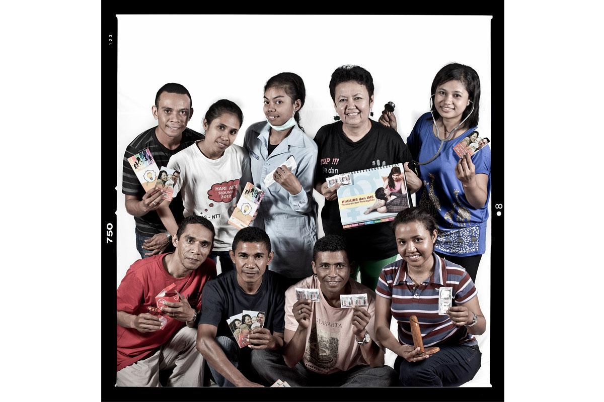 Yayasan Tanpa Batas KATADATA   Donang Wahyu