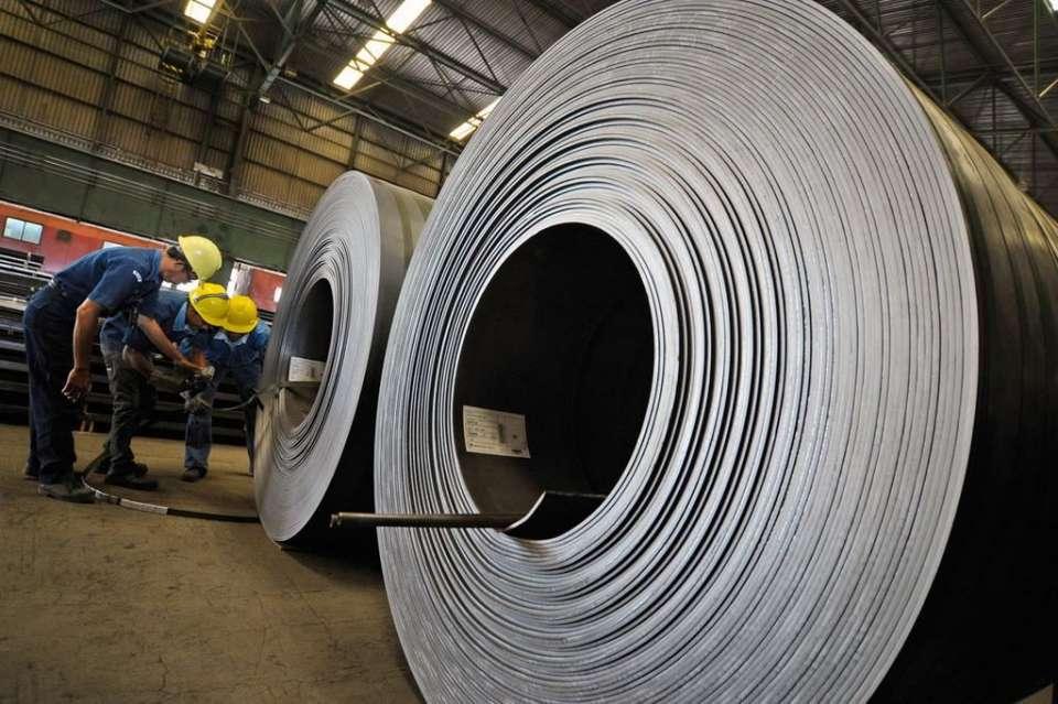 PHK massal Krakatau Steel